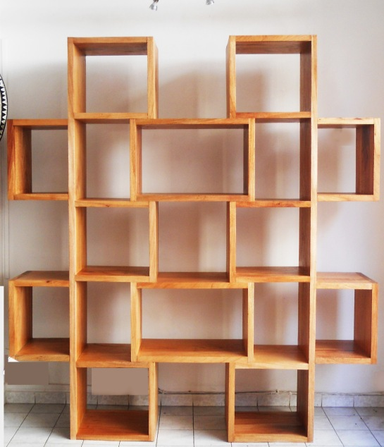 bibliothèque mamady en bois sapéli. L 200 X H 185 X P 35