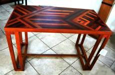 table bureau Marie-Louise de bois précieux dim : p60 x h 78 x l120