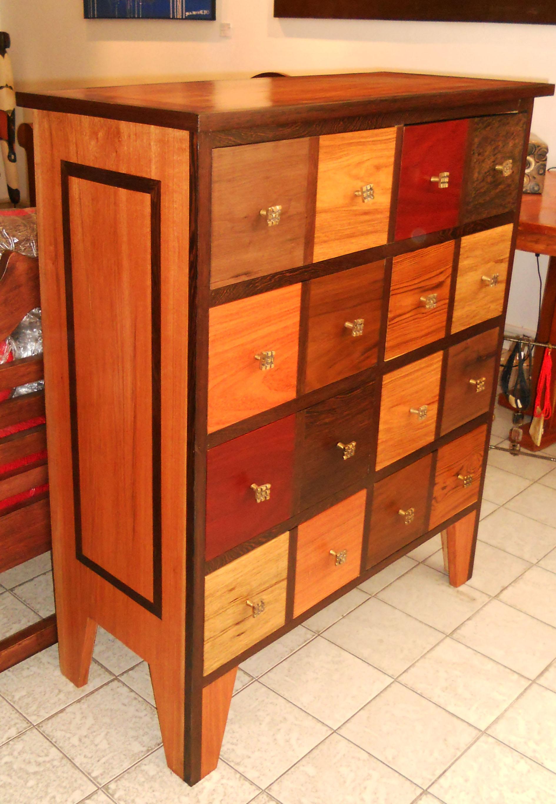 les armoires buffets commodes en assemblage de bois pr cieux et autres mat riaux galerie arte. Black Bedroom Furniture Sets. Home Design Ideas