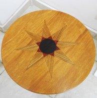 table unité africaine, plateau en dimb, ébène, padouk, teck