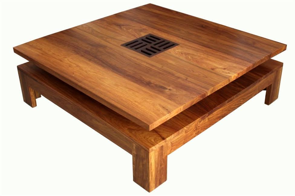 table baoulé en bois de veine et wengué