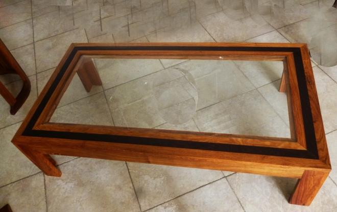 table clara en bois de veine et wengué