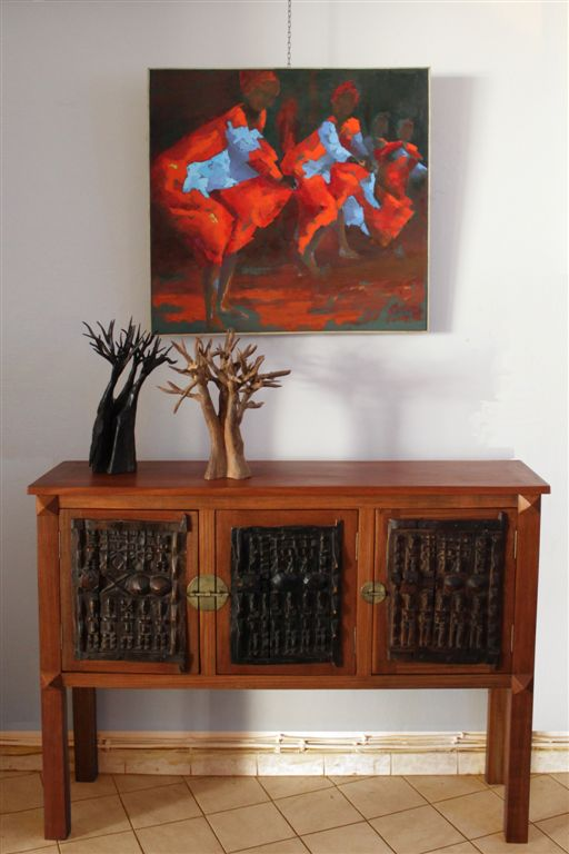 les armoires buffets commodes portes traditionnelles d afrique galerie arte. Black Bedroom Furniture Sets. Home Design Ideas