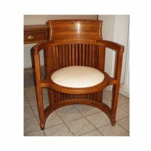 chaise barrel inspiration Frank Lloyd Wright en bois de veine