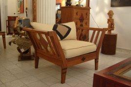 fauteuil frankunda bois sapéli et ronier
