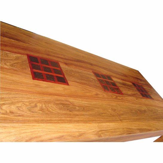 table petits carrés en bois de veine et motifs mutli bois