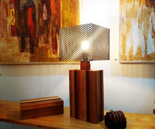 lampe kéba verticale