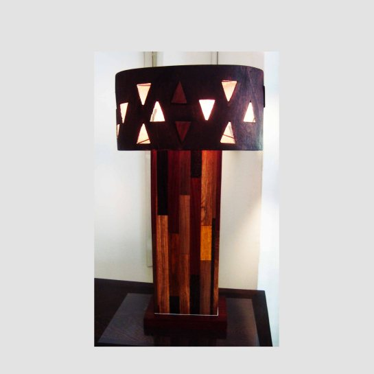 lampe multibois abat jour en bois